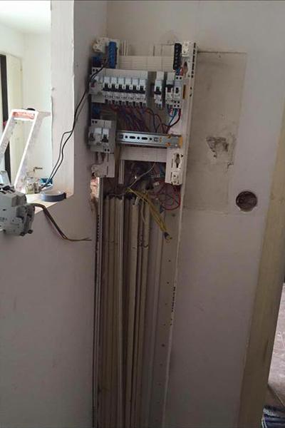 plombier electricien-plomberie-electricite-chauffage-renovation plomberie-depannage plomberie